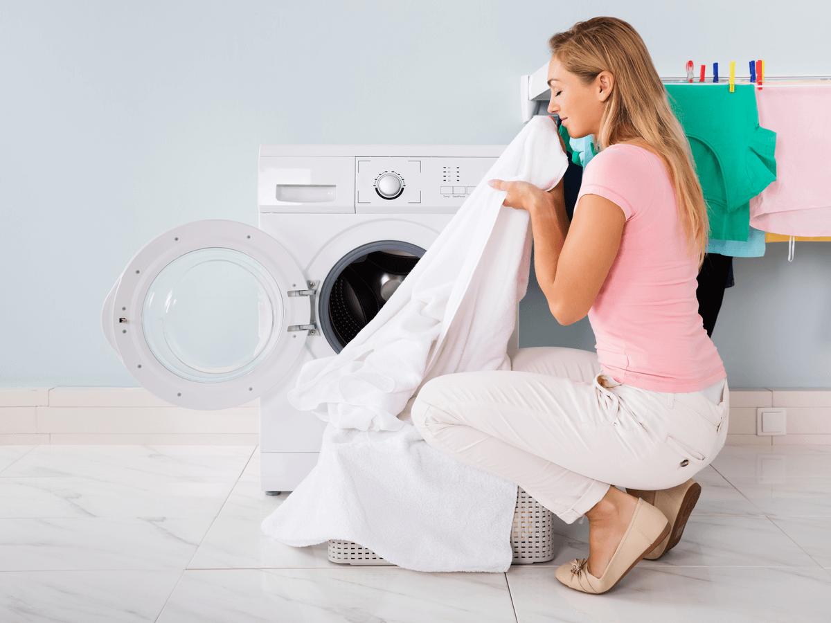 洗濯機の嫌な臭いの原因は?臭い別の対処法