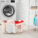 色移りしてしまった洗濯物の落とし方3選!防止対策ポイントも要チェック