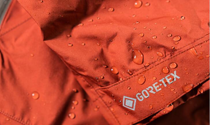 洗濯したゴアテックス(GORETEX)を長期間保存する方法