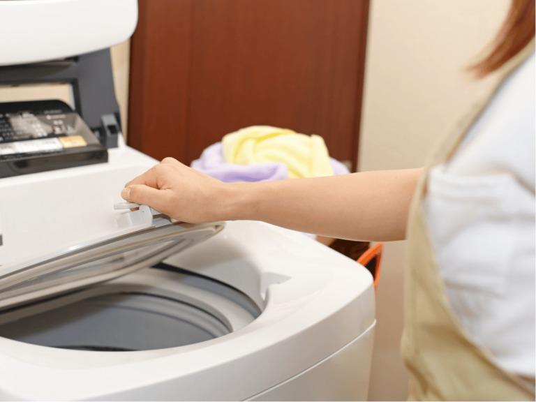 洗濯槽の掃除に重曹を使用する場合の手順