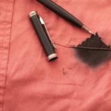 ボールペンのシミ抜きに必要な正しい洗濯方法や対処法とは?おすすめ洗剤や便利アイテム10選!