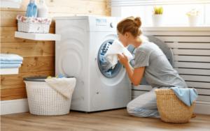ドラム式洗濯機の臭いは何が原因?