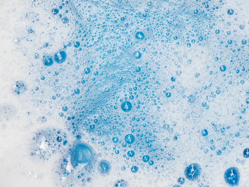 カーテンを手洗い洗濯する注意点と方法