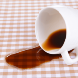 コーヒーの染み抜きは簡単にできる!