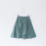 すっきり収納!スカートにおすすめハンガー6選と収納方法