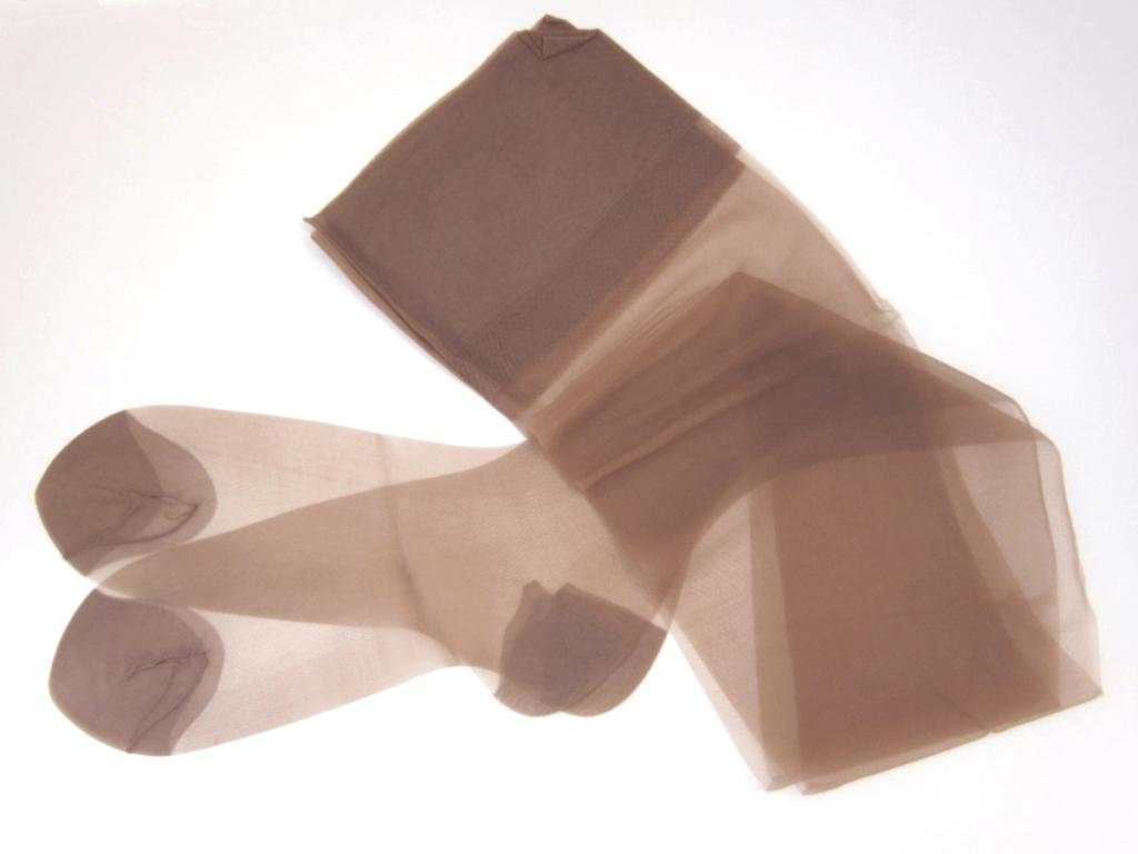 ストッキングの洗濯方法はどうする?消臭・伝線を予防する洗い方4つのポイント