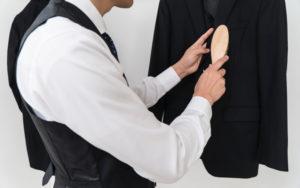 スーツのお手入れは毎日3分の習慣づくりから