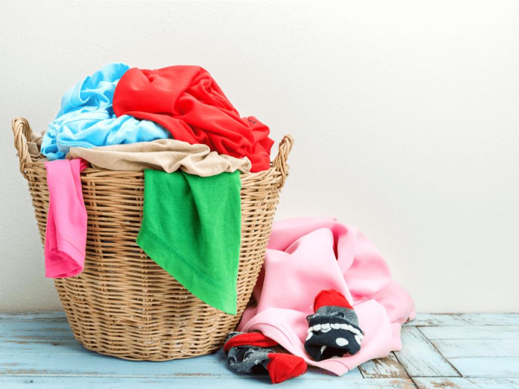洗濯便利グッズは100均で揃えよう!用途別にみるおすすめアイテム20選!