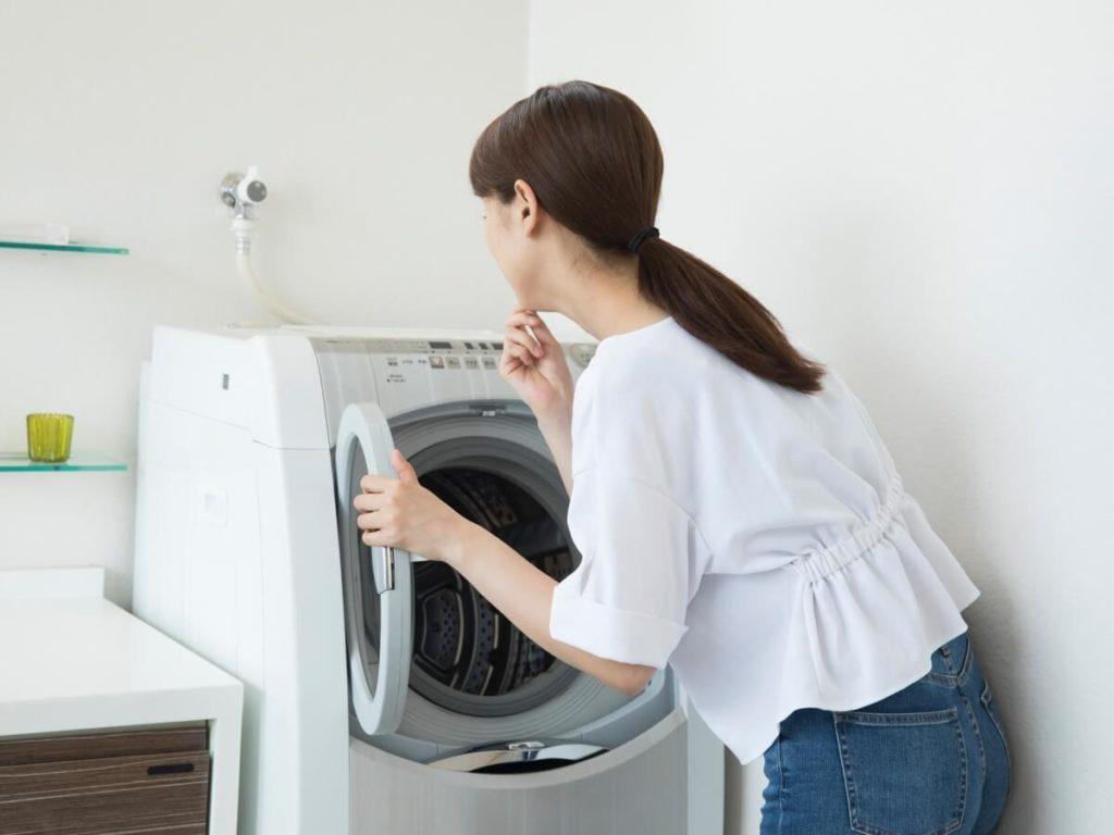 洗濯機から水漏れで大ピンチ!!原因と対処法が知りたい!