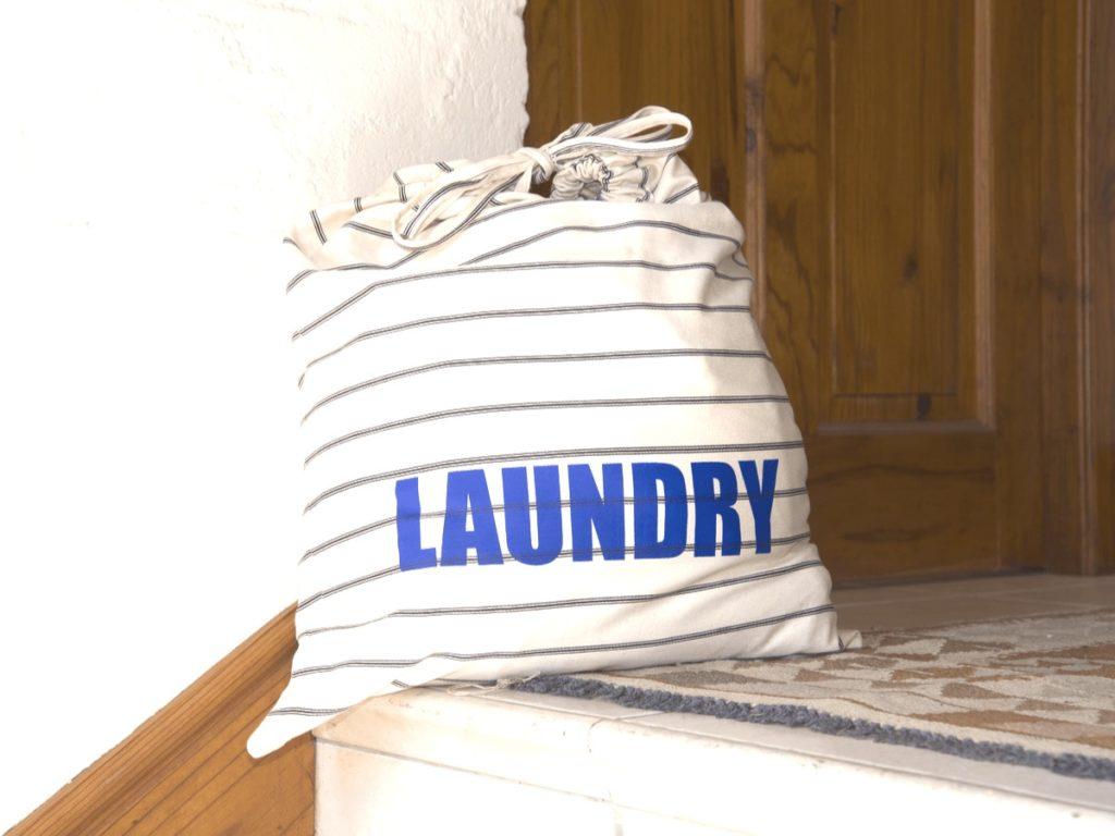 おしゃれなランドリーバッグおすすめ19選!素材や形を見極めてインテリアにぴったりのものを選ぼう