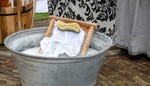 意外と便利な洗濯板の使い方とおすすめ10選!現代でも根強い人気の理由とは