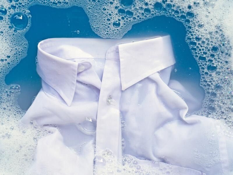 洗濯物に加齢臭がしみついたときの取り方