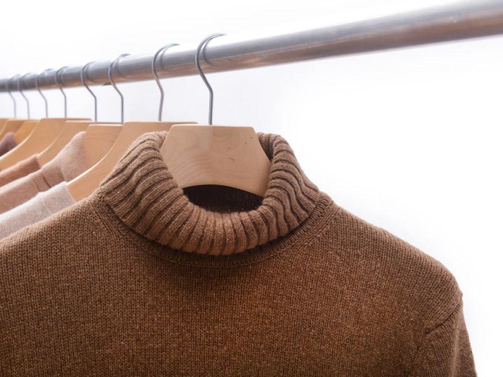 セーター ハンガー 干し 方