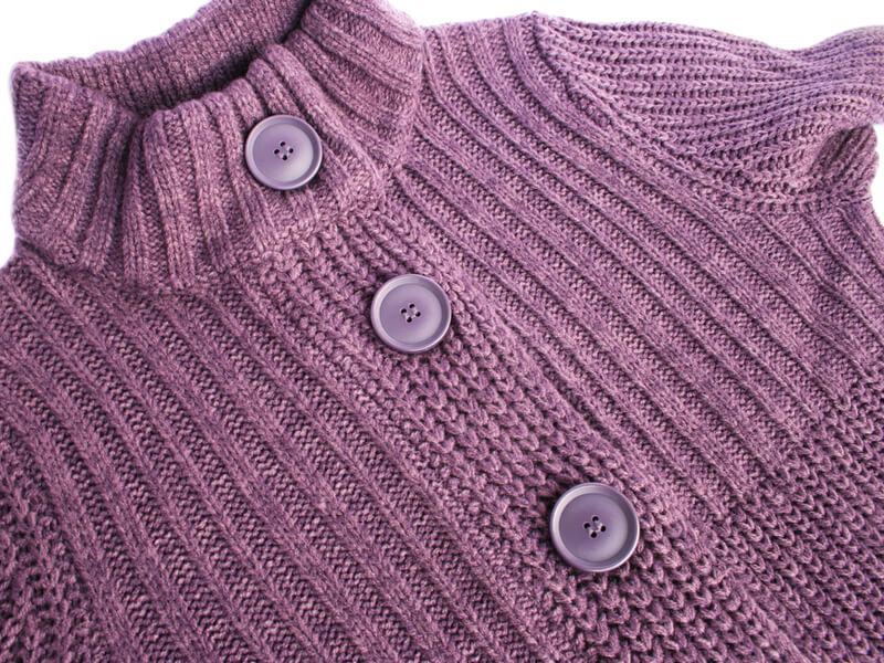 皺になったセーター