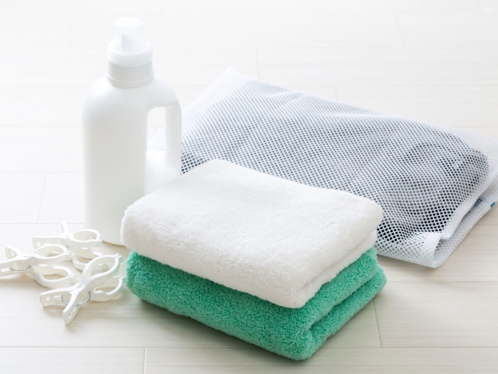 洗濯で柔軟剤を使わないのはあり?メリット・デメリットなどを解説