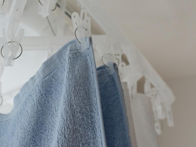 部屋干ししたタオル