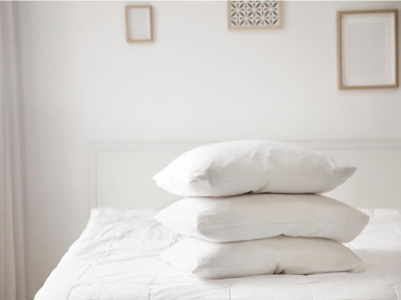 洗える枕の「素材別」洗濯方法