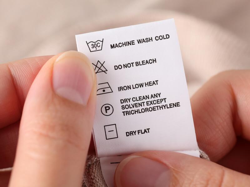 洗濯する前に洗濯表示タグを確認する