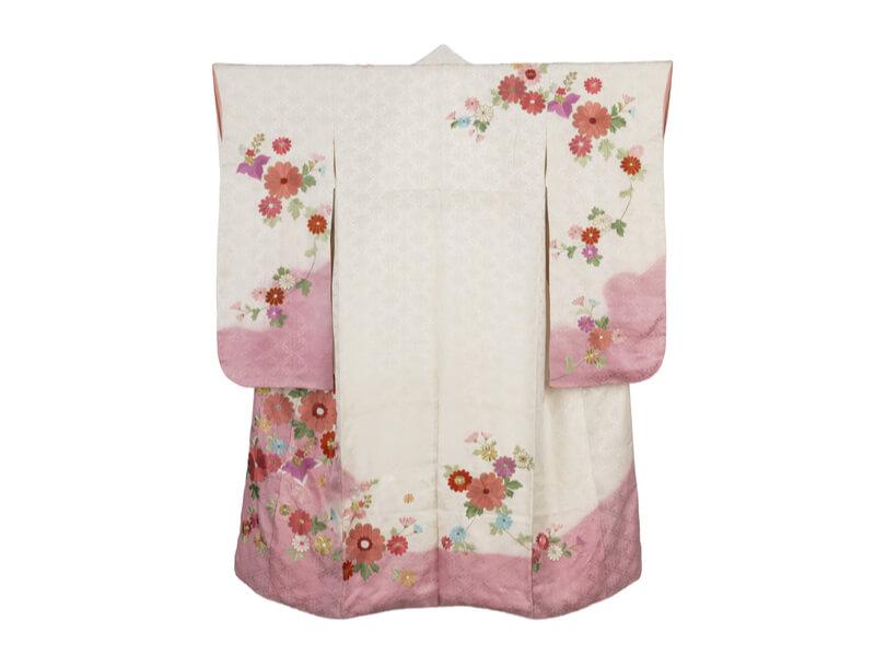 cleaning_kimono