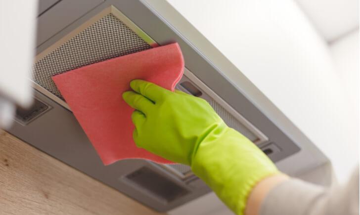 換気扇を掃除する手順