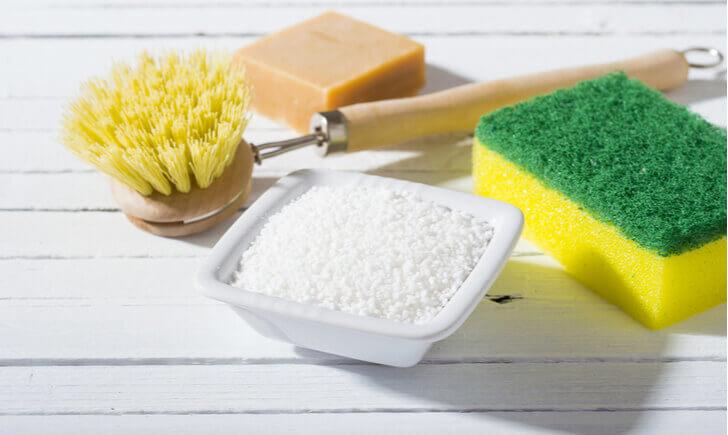 クエン酸は水垢と石けんカスの掃除に最適
