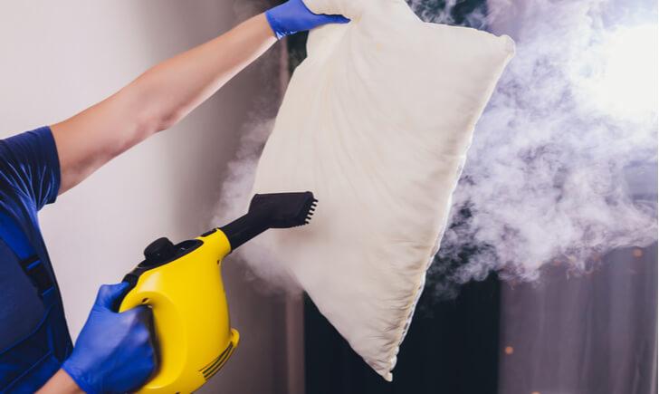 スチームクリーナーで頑固な汚れを掃除しよう!