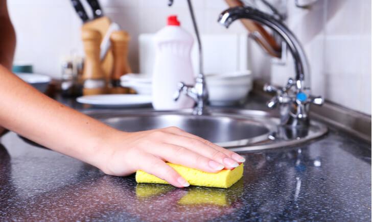 重曹でキッチンの気になる汚れを掃除しよう
