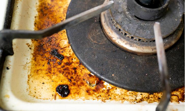 コンロの汚れがひどい場合の対処法