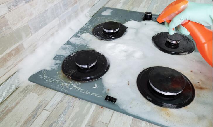 コンロ掃除に便利な洗剤4選